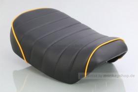 Kitaco Sitzbank Typ Tuck Roll schwarz mit gelbem Keder f. Monkey 125 Z125MA